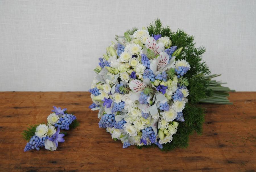 Ramo de novia y prendidos novio y padrino Mayula flores