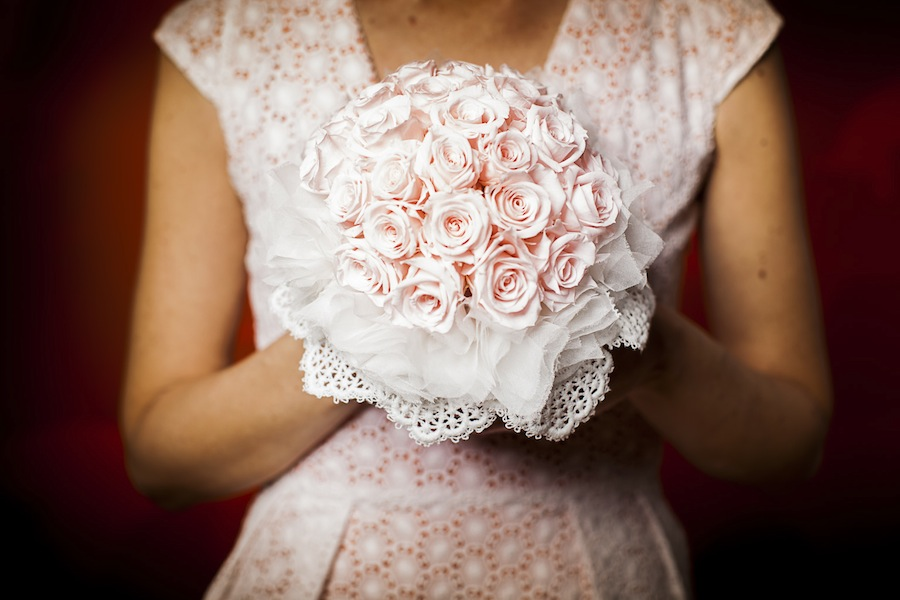 ramo novia rosas preservadas pequeñas