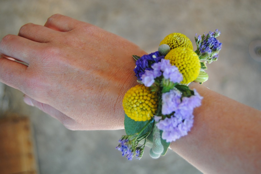pulsera floral silvestre / corsage