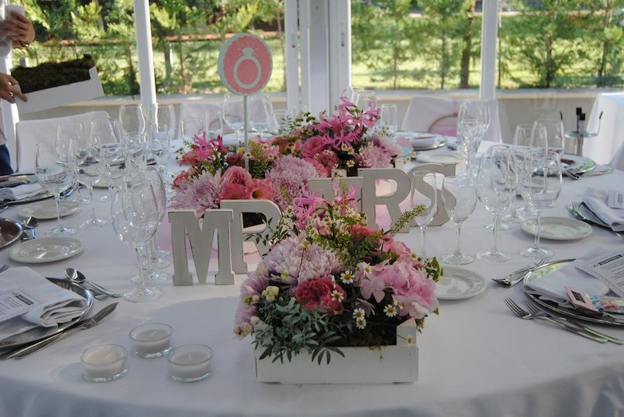 Centros flores para salón sauces en Finca Sansui
